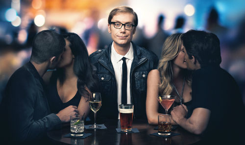 stephen-merchant-shines-as-desperate-casanova-in-hbo-comedy-hello-ladies